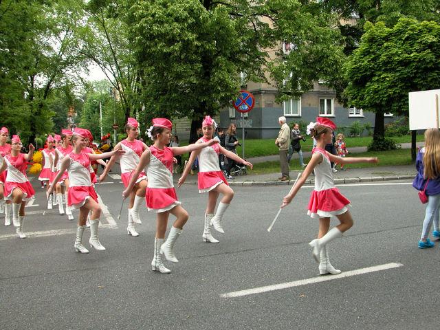 ...oraz radości zapewniało widowni Święto Kwitnących Głógów w Katowicach-Ligocie.